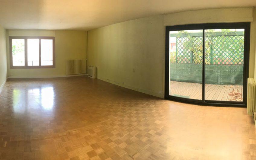 APPT T4 95,30 M² CENTRE VILLE + CAVE + GARAGE
