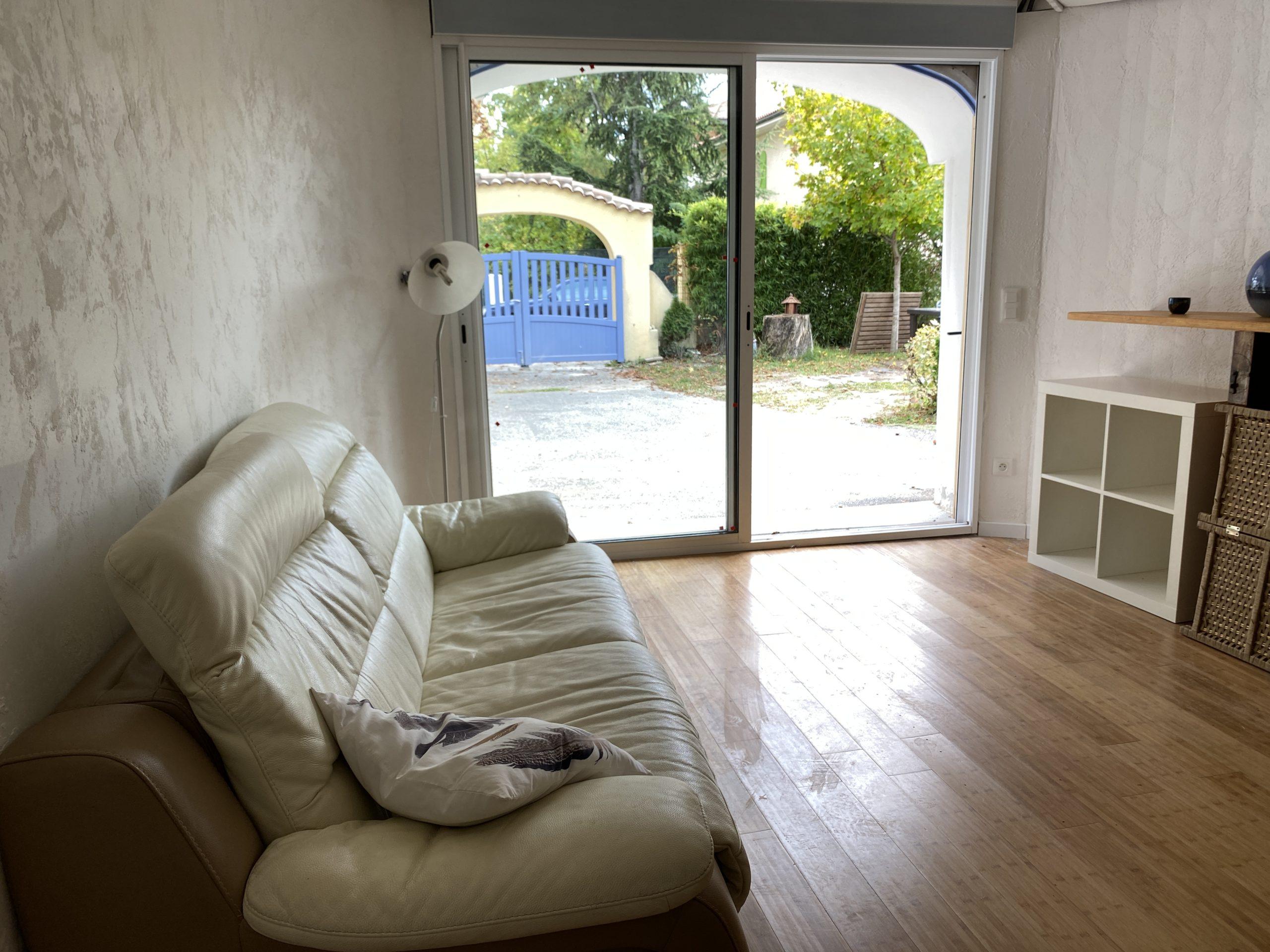 T2 35 m² en Rez-de-chaussée ACCESSIBILITE PERSONNES A MOBILITE REDUITE